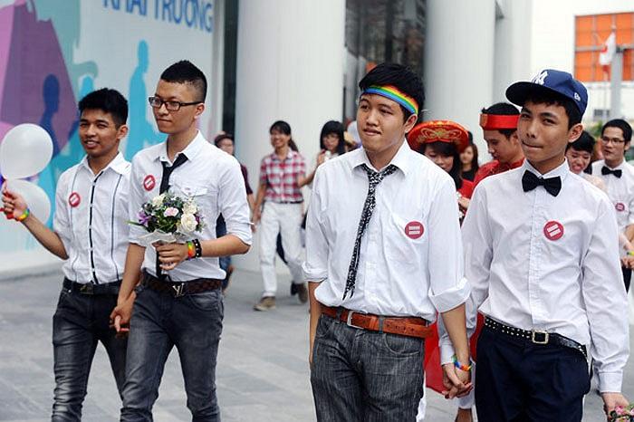 Gần 10 cặp đôi đồng tính, lưỡng tính đã trải nghiệm làm cô dâu, chú rể