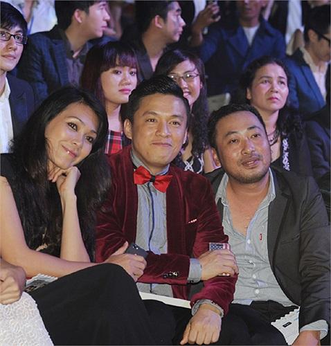 Cùng điểm danh dàn khách mời của Đêm hội Chân dài 7: Diễn viên Đinh Y Nhung, ca sĩ Lam Trường, đạo diễn Nguyễn Quang Dũng