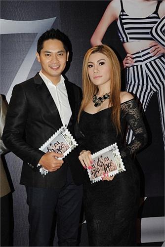 Ca sĩ Uyên Trang (phải) và Minh Luân.