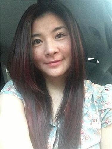 Kim Oanh hiền dịu trong bức ảnh mới.