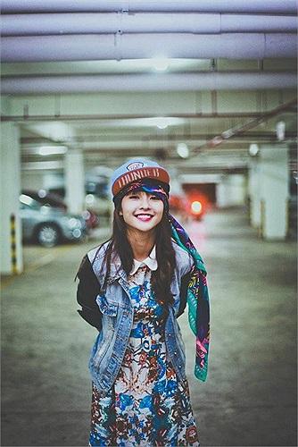Khả Ngân đang là thế hệ hotgirl trẻ nhất trong cộng đồng hotgirl Việt.