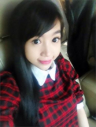 Elly Trần và gương mặt như trẻ thơ.