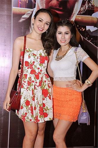 Hoa hậu du lịch Ngọc Diễm đến lễ công chiếu với một người bạn của cô. Ngọc Diễm gần đây bắt đầu quay lại showbiz nên rất tích cực xuất hiện để cải thiện hình ảnh của mình.