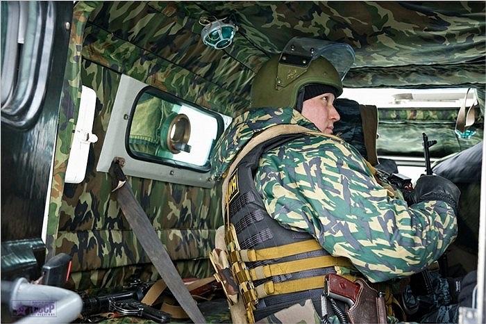 Bên trong xe bộ binh GAZ-233036 của lực lương OMOH