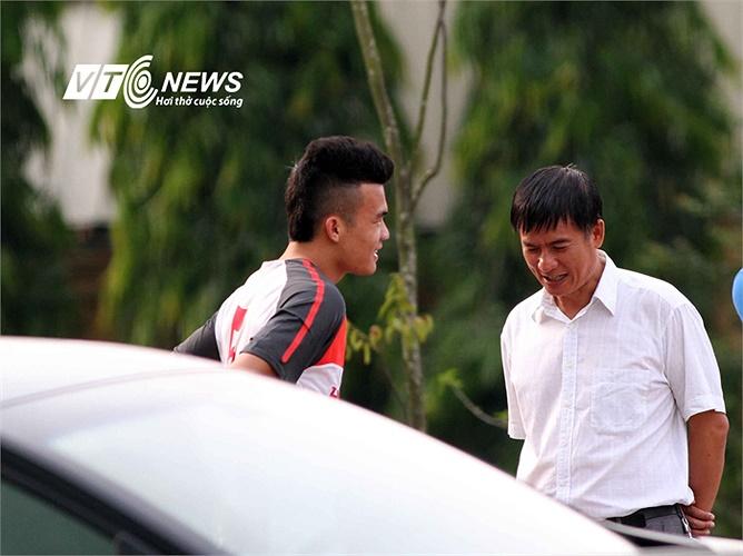 Một cầu thủ CLB SLNA khác trên tuyển là tiền vệ Ngô Hoàng Thịnh. Hoàng Thịnh hiện đang bị chấn thương và nhiều khả năng không kịp hồi phục để cùng đồng đội thi đấu trận giao hữu với CLB của Nhật Bản.