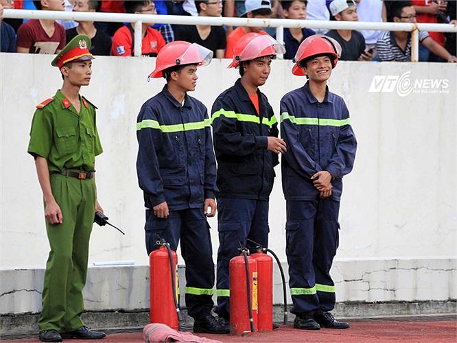 Lực lượng cứu hỏa luôn sãn sàng.