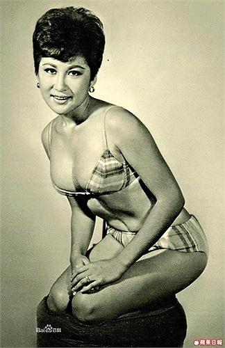 Huyền thoại võ thuật này tắt thở trên giường của nữ diễn viên Đinh Bội.