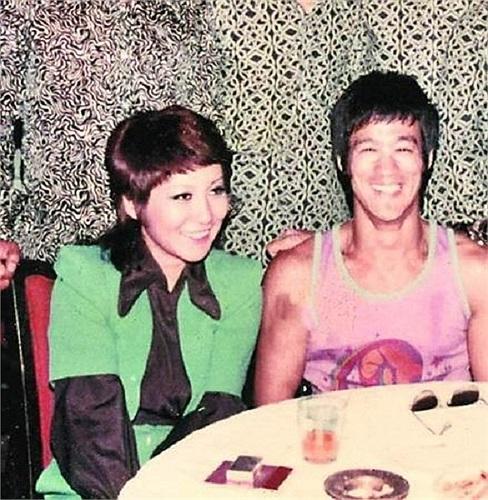 Sau khi Lý Tiểu Long qua đời, Đinh Bội cũng lập gia đình nhưng đã ly hôn cách đây 20 năm.