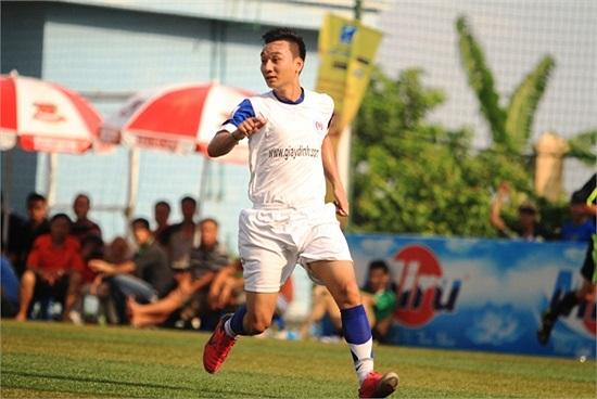 Danh hài Thành Trung trên sân thường được gọi với cái tên Trung MC.