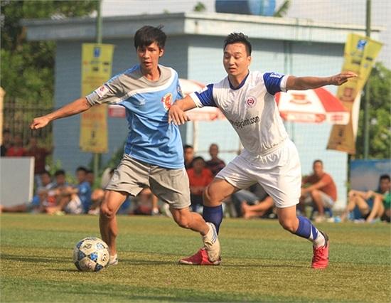 Hỗ trợ phòng ngự rồi sau đó ghi được 2 bàn thắng.
