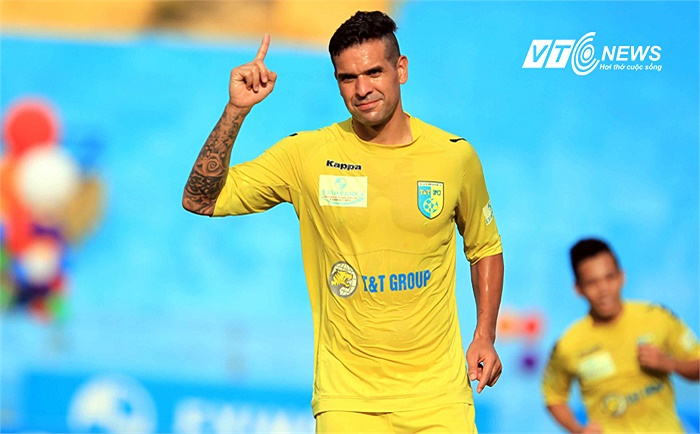 Đó là bàn thắng thứ 13 của Gonzalo tại V-League 2013.