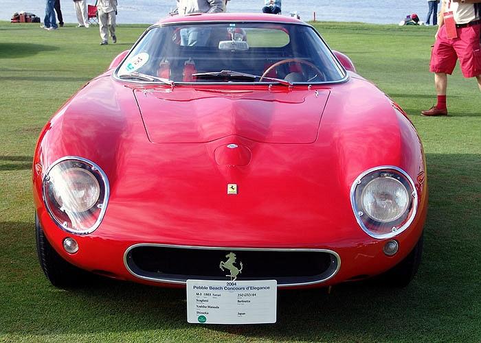 Chiếc xe mang số hiệu 5111 và từng chiến thắng tại giải đua Tour de France năm 1963 cùng tay đua Pháp Jean Guichet.