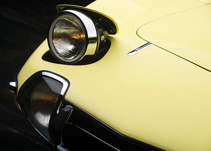 Chiếc xe thuộc bộ sưu tập xe cổ của nhà sưu tầm nổi tiếng Texas Don Davies.