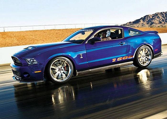 8. Shelby 1000. Giá bán: 204.990 USD. Bản nâng cấp của Ford Mustang trang bị động cơ tăng áp 5.8L V8 950 mã lực, tăng tốc từ 0-96 km/h chưa đến 4 giây.