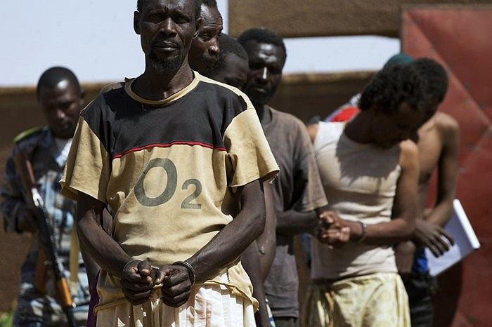 9 tù nhân bị di chuyển giữa các nhà tù ở Gao, Mali