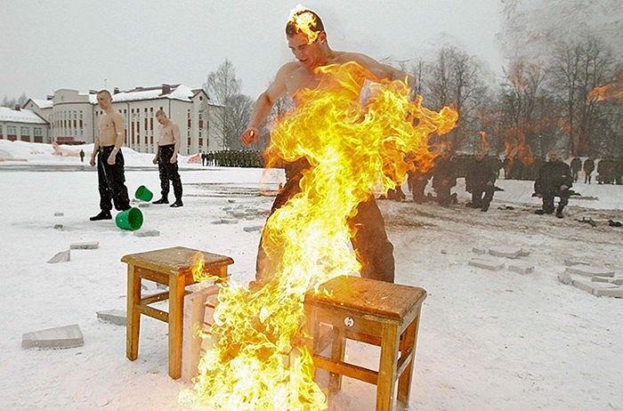 Đặc nhiệm Berlarus bốc cháy trong buổi luyện tập tại căn cứ ở Minsk