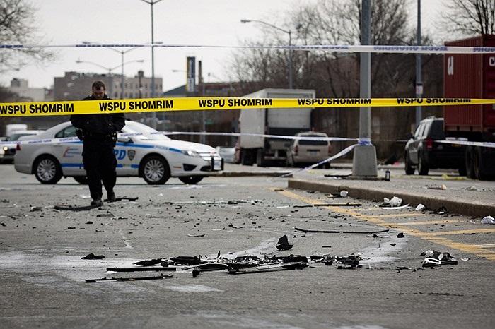 Vụ tai nạn xe hơi khiến một phụ nữ mang thai tử vong ở Brooklyn ở New York, Mỹ