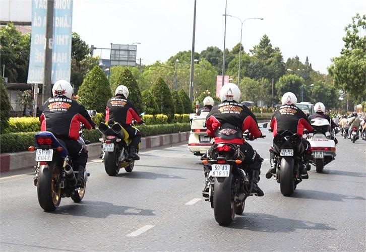 Đây là đoàn Moto của CLB TPHCM