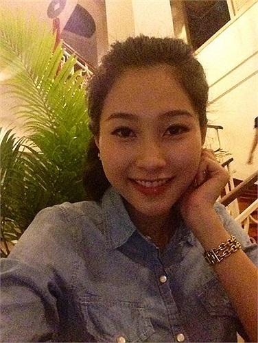 Hoa hậu Đặng Thu Thảo giản dị vẫn xinh đẹp.