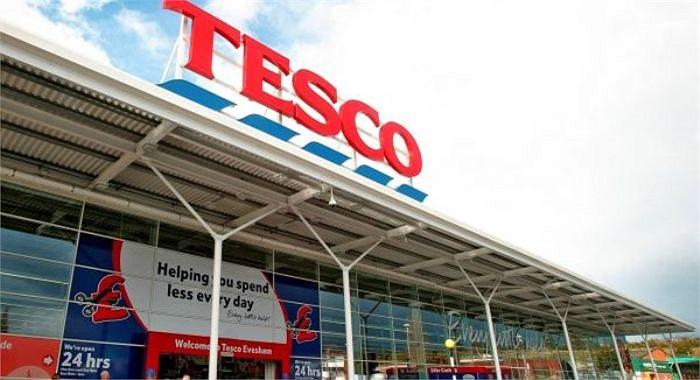 Ngày 11/2: Tesco – chuỗi cửa hàng bán lẻ ở Anh thừa nhận có bán mỳ Ý thịt bò có pha thịt ngựa và lên tiếng xin lỗi người tiêu dùng.
