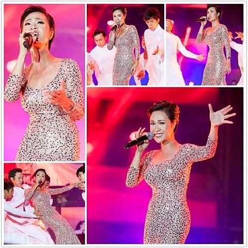 Uyên Linh suýt ngã nhưng vẫn cười rất tươi, thần tượng âm nhạc đầy bản lĩnh sân khấu.