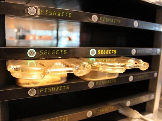 Nhà bếp là nơi kiểm tra các món như McWraps và Fish McBite