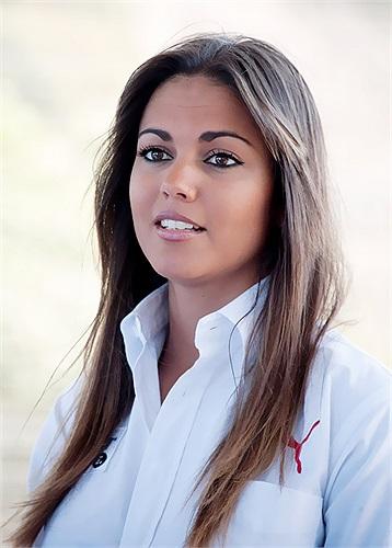 Vì thế đã năm lần bẩy lượt chia tay, hậu vệ của Real vẫn muốn tái hợp với Lara Alvarez.