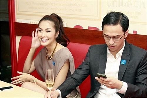 Nổi tiếng là kín đáo trong showbiz, Tăng Thanh Hà cũng là mỹ nhân đẳng cấp khi cô xuất hiện với những bộ cánh thuộc dòng hàng đắt giá.