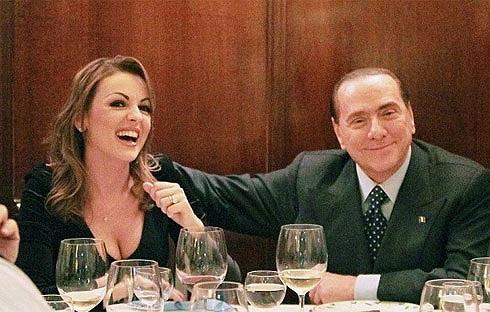 Bữa tiệc Valentine lãng mạn của Silvio Berlusconi và bạn gái