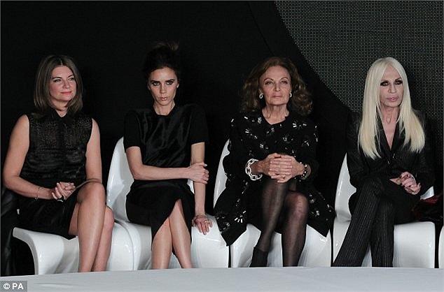Victoria Beckham cùng các ngôi sao làng thời trang, giải trí tại show diễn ở New York