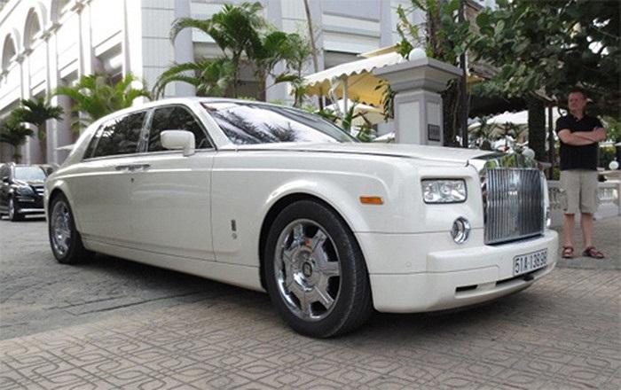 Rolls-Royce Phantom - chuẩn mực cho sự giàu sang và quý phái.(Theo Vnexpress)