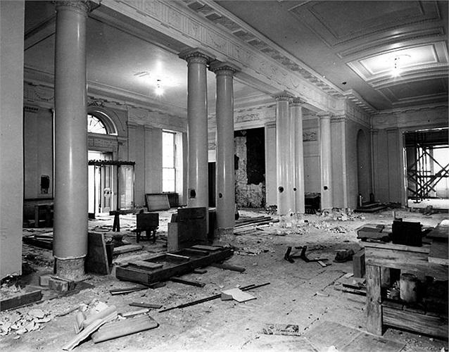 Hành lang phía Đông Bắc của tòa nhà trong năm 1949