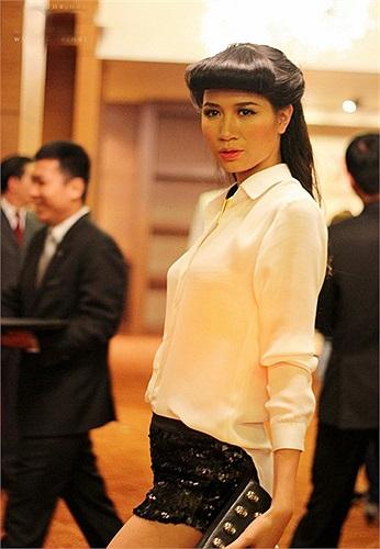 Trang Trần.