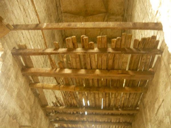 Sàn nhà làm bằng tre