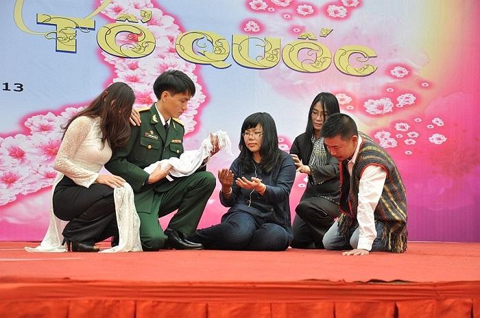 Với chủ đề Tuổi trẻ với Tổ quốc, những cây viết trẻ trẻ đã thực sự ghi được dấu ấn đẹp trong lòng những người yêu thơ.