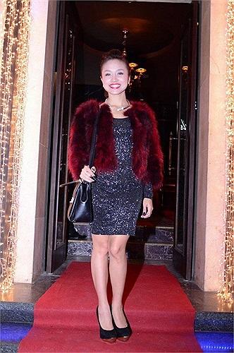 Gái một con Thanh Vân ngày càng xinh đẹp mặn mà, có lẽ MC duyên dáng này đang hạnh phúc bên tình yêu mới.