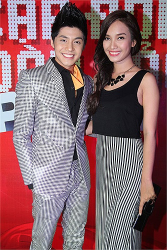 Noo Phước Thịnh có vẻ rất đẹp đôi với Phan Lê Ái Phương.
