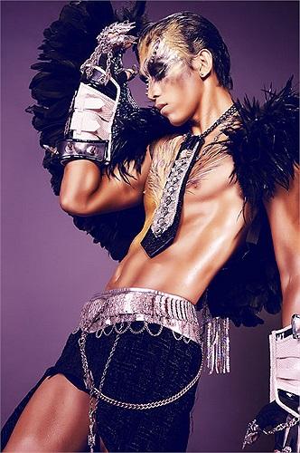 Hiện tại, Ngọc Tình đang tăng cường luyện tập để chuẩn bị cho đêm khai màn của cuộc thi Bước nhảy hoàn vũ 2013