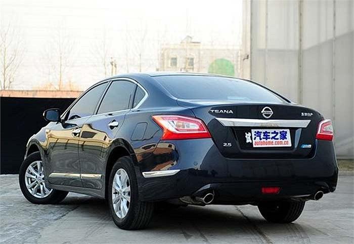 Phiên bản ở Trung Quốc được sản xuất tại nhà máy của Dongfeng ở Tương Dương, Hồ Bắc và sẽ có mặt trên thị trường trong tháng 3 tới.