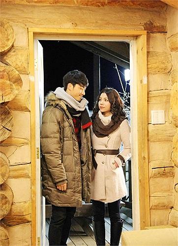 Jee Yoon Jea đã đem lại cho Trà Ngọc Hằng rất nhiều cảm xúc, cô thán phục sự đầu tư cho vai diễn của anh và cách diễn rất tự nhiên, chân thật của anh.