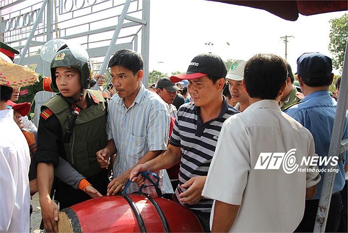 CĐV Đồng Nai đến sân Biên Hòa