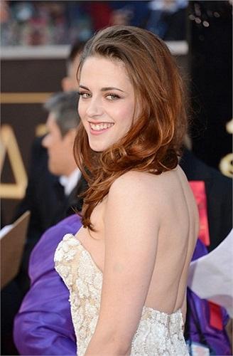 Ngày hôm qua, trong lễ công bố giải Mâm xôi vàng, cái tên Kristen Stewart đã được xướng lên.
