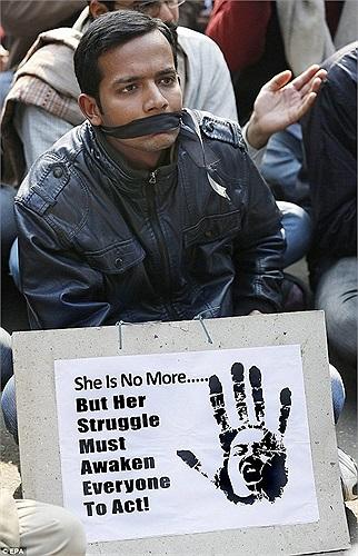 Người dân New Delhi biểu tình đòi lại công lý cho nữ nạn nhân