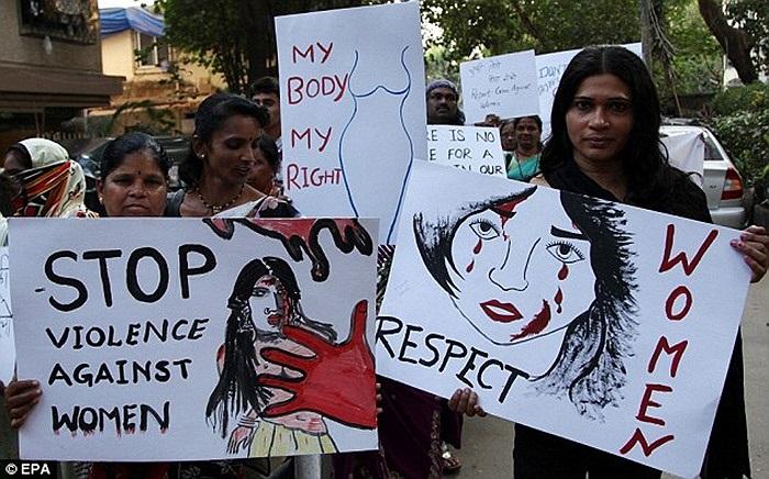 Người dân New Delhi tiếc thương nạn nhân xấu số
