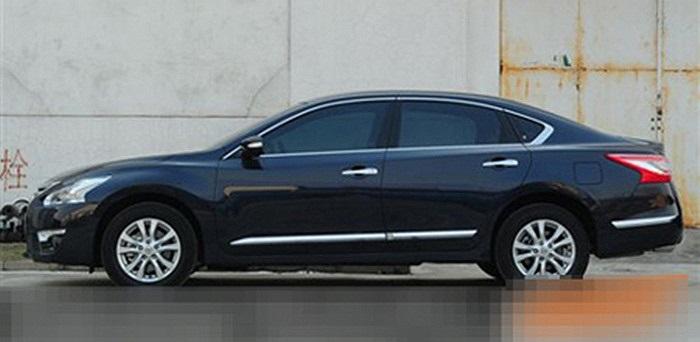 Trong khi đó, bản động cơ VQ25 V6 2.5L hiện tại sẽ được thay thế bằng động cơ QR25 I4 2.5L mới, giống như ở xe Altima 2013 tại Mỹ