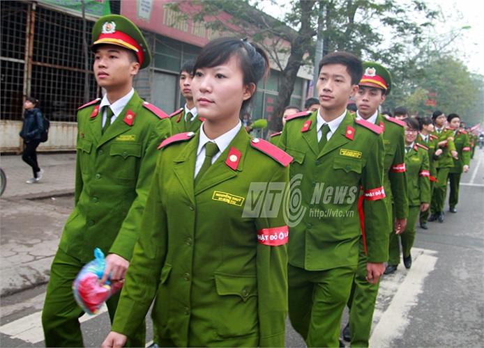Rất nhiều các thí sinh tham dự cuộc thi Hoa khôi Học viện Cảnh sát các khóa đã tham gia vào ngày hội ý nghĩa này