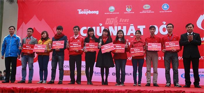 Ca sĩ Ngọc Khuê cũng được vinh danh tại Ngày hội hiến máu