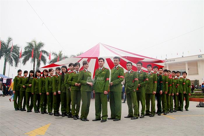 Tuổi trẻ Học viện cảnh sát Nhân dân thể hiện sức khỏe tại Ngày hội hiến máu