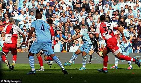 Aguero là người đã ghi bàn quyết định mang về chức vô địch lịch sử cho Man City