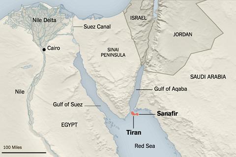 Vị trí 2 đảo Tiran và Sanafir. Ảnh: New York Times